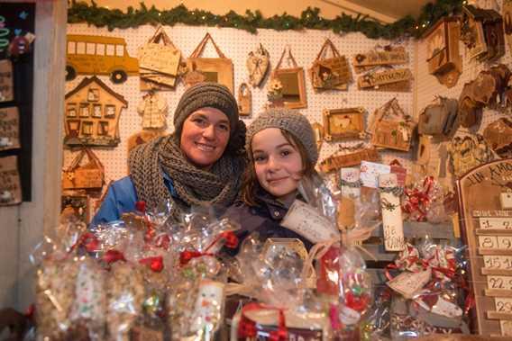 Kiosk at Marché de Noël de Terrebonne