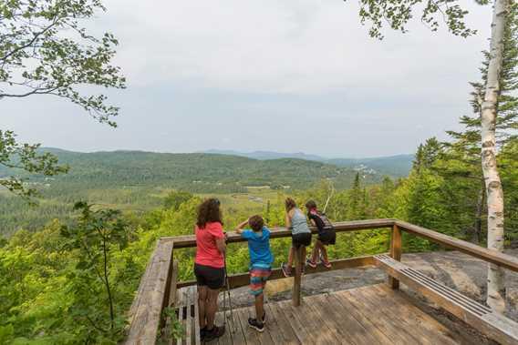 Hiking and viewpoint Parc régional de la Forêt Ouareau