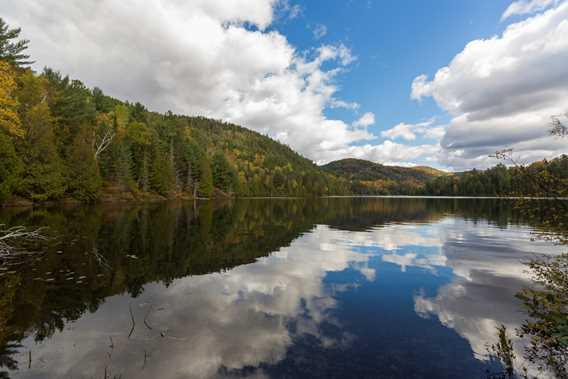 Lake at Parc régional de la Forêt Ouareau