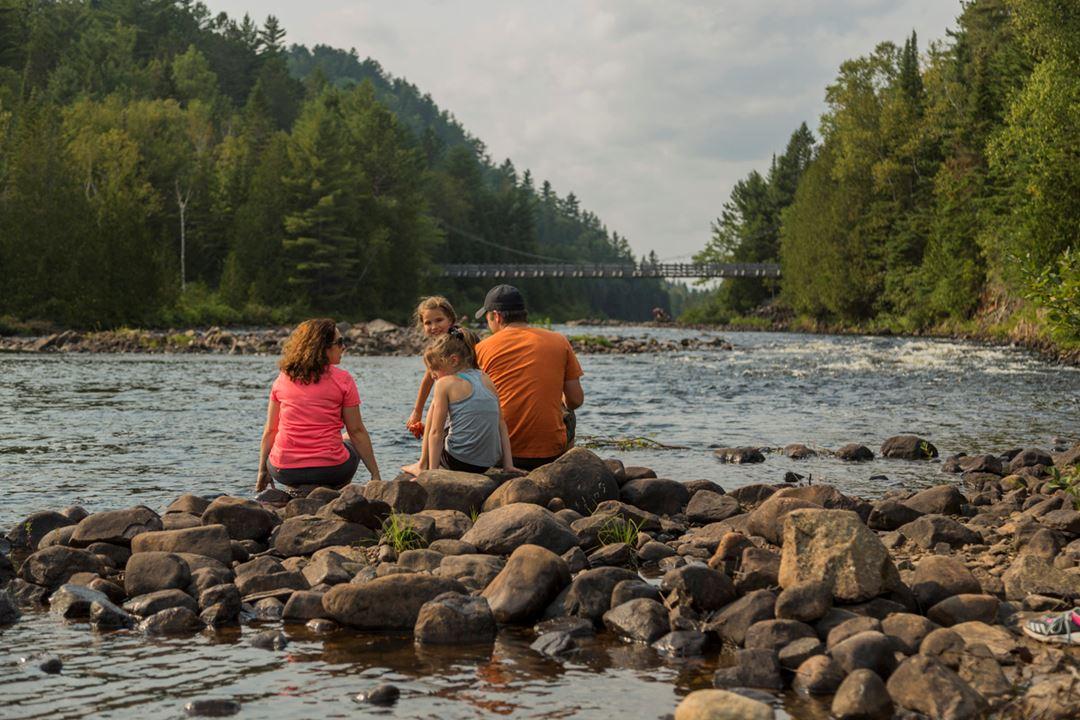 Suspended bridge Forêt Ouareau