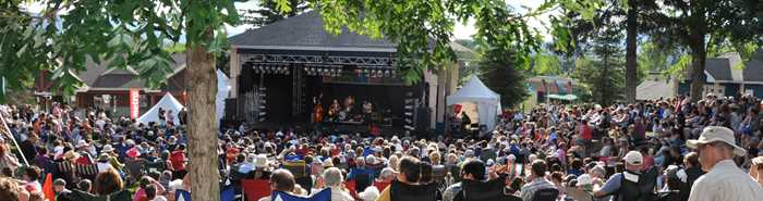 Outdoors shows at Un été tout en culture à Saint-Donat