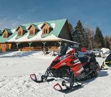 Snowmobile Pourvoirie Pignon Rouge Mokocan