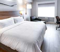 Room at Holiday Inn