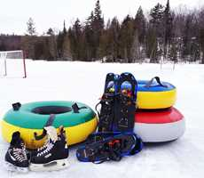 Winter outdoor activities  Camp familial St-Urbain
