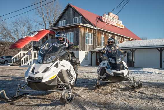 motel-restaurant-vieux-moulin-scie-snowmobile