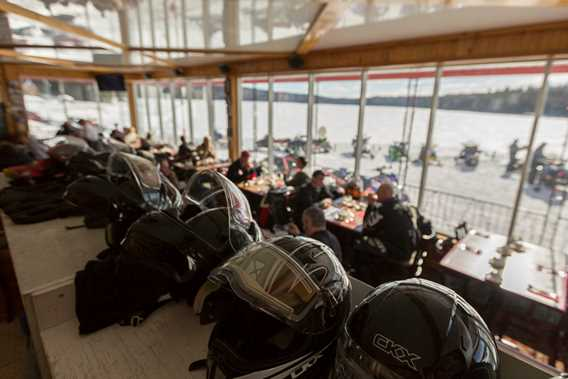pourvoirie-real-masse-snowmobile-outfitter