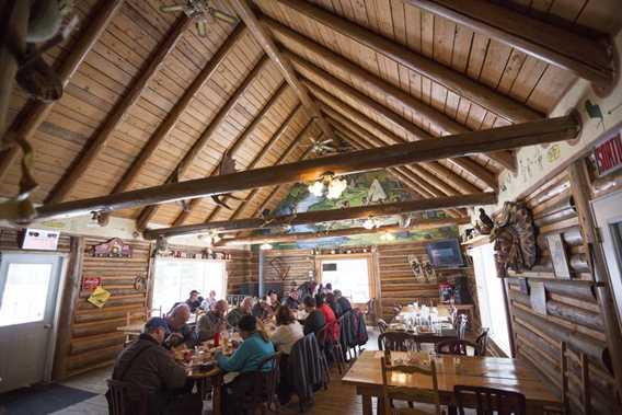 Salle à manger de L'Auberge Rond
