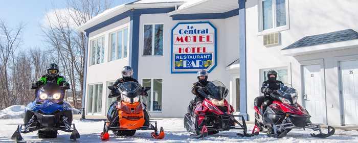 hotel-central-restaurant-snowmobile
