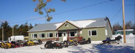 restaurant-relais-rouge-matawin-snowmobile