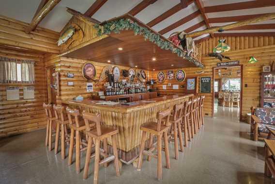 pourvoirie-kanamouche-bar