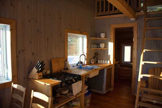 golle-goulu-camping-refuges-pavillon-indoor