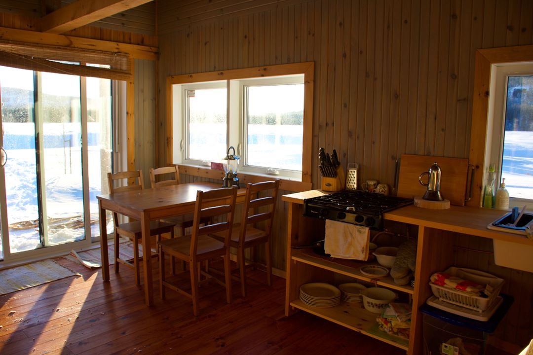 golle-goulu-camping-refuges-pavillon-interieur