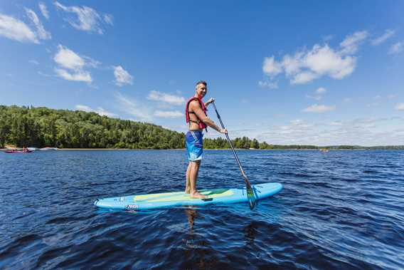 Paddle board à l'Auberge du Lac Taureau