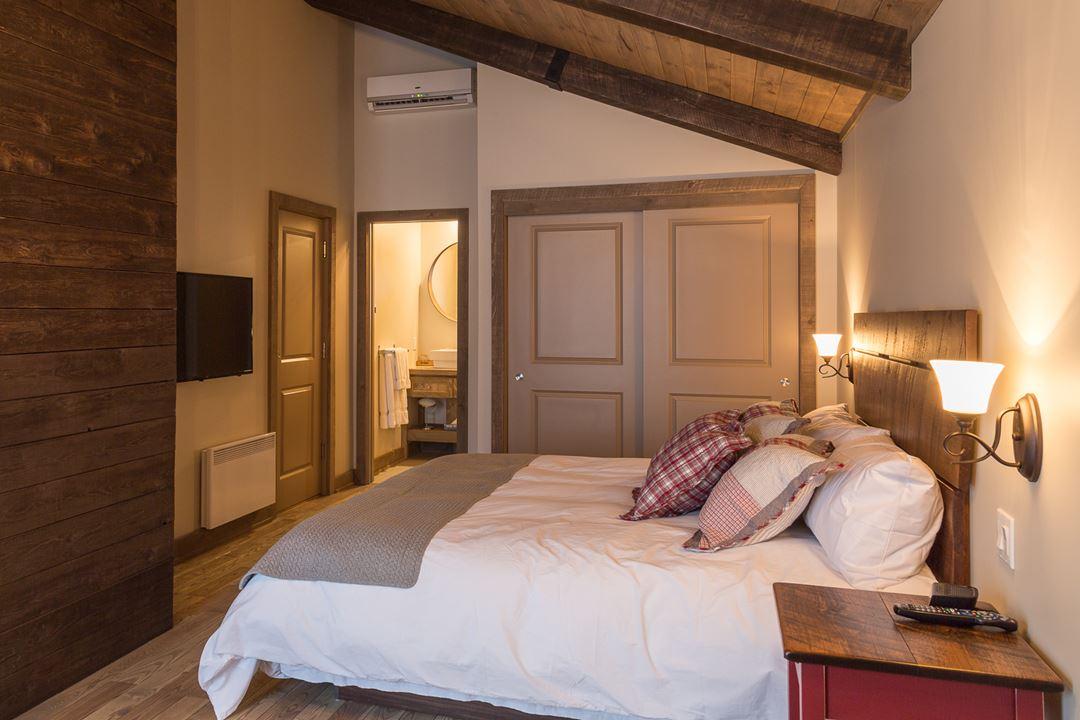 Hôtel-Spa Le Suisse room Industrielle
