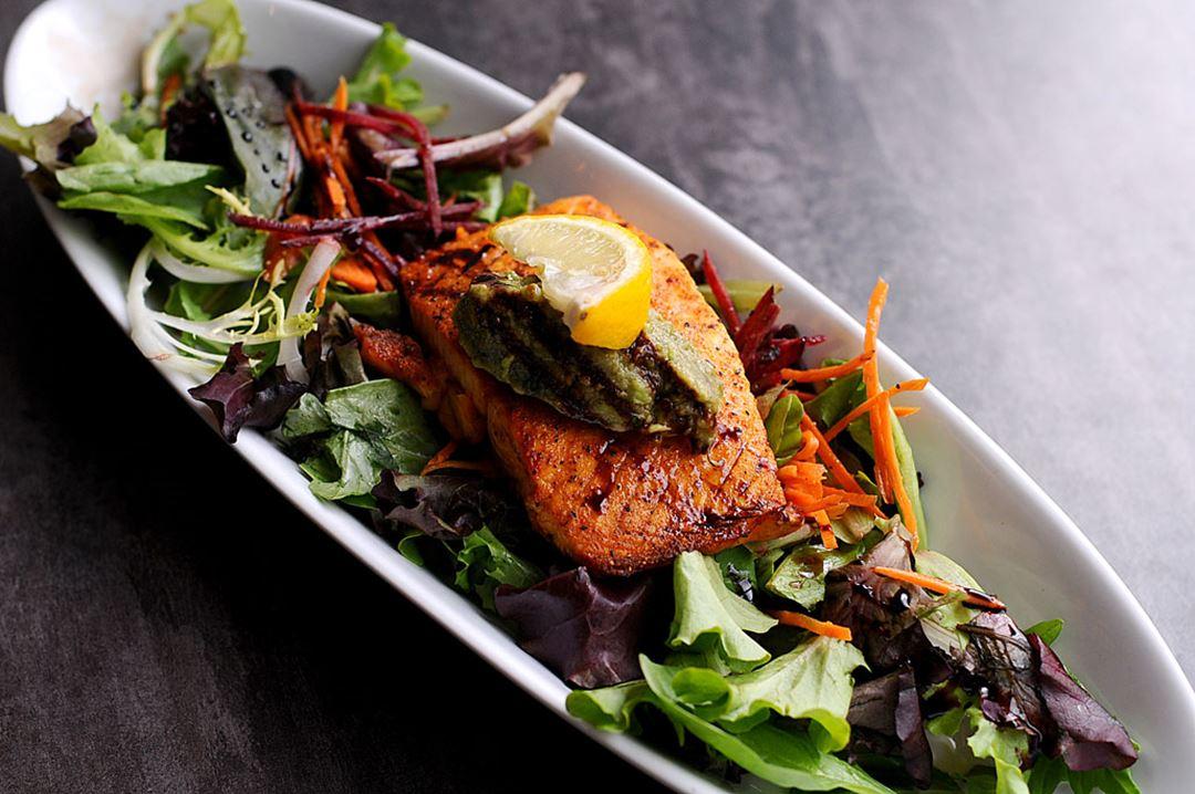 Saumon au restaurant L'Âtre