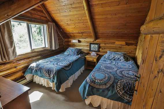 Room at Auberge Pourvoirie Kanamouche