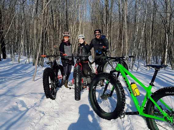 Fat bike en hiver à la Tournée des Cantons de Rawdon