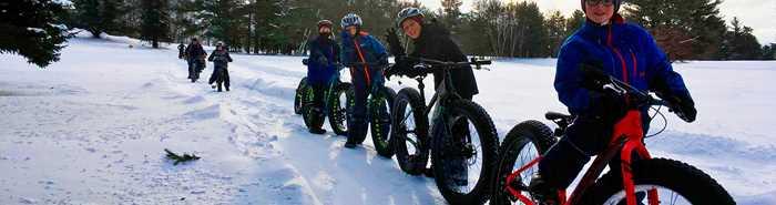 Garçons en Fat bike en hiver à la Tournée des Cantons de Rawdon