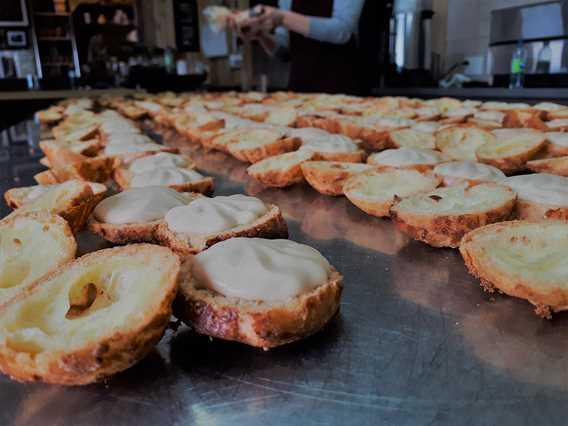 Maple puffs of Cabane à sucre Côte-à-Joly