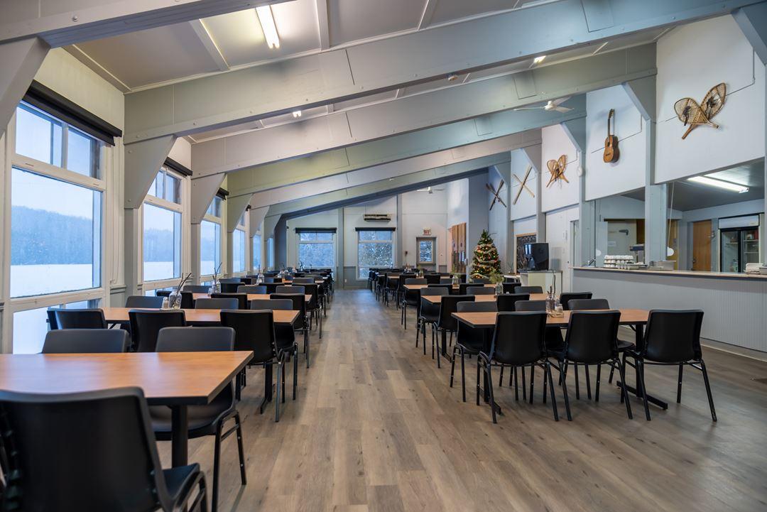 Dining room at Plein air Lanaudia