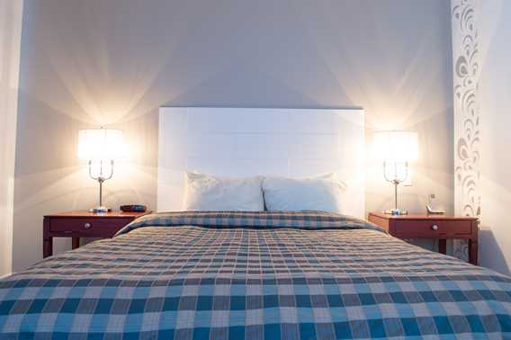 auberge-val-st-come-bed