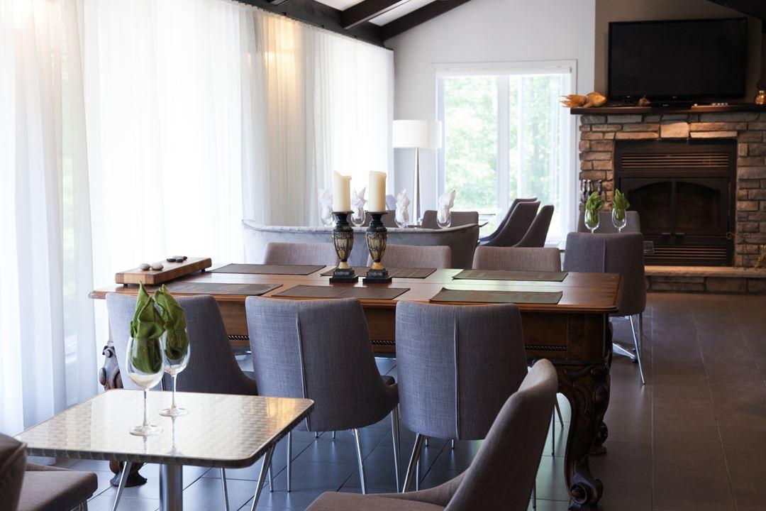 Dining room at Espaces Expérienza