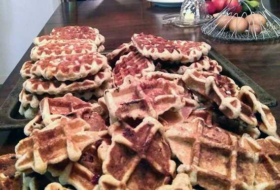 Waffles at Chêne et capucine bed and breakfast