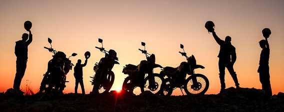 Motos le soir