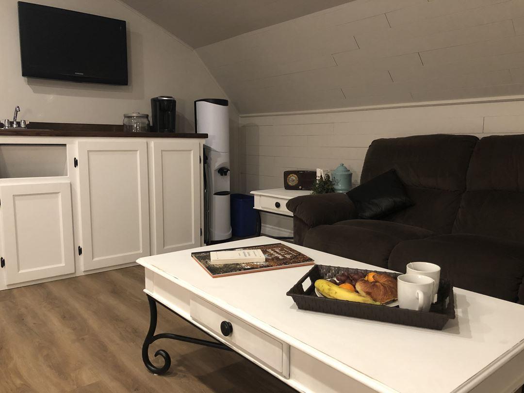 Salle de séjour à l'Auberge Ma-Gi Bel automne