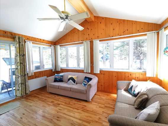 Chalet Oasis de paix living room