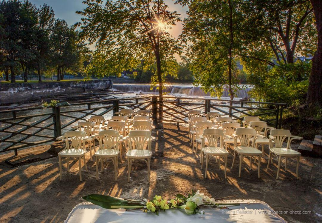 hotel-chateau-joliette-im-terrace-summer