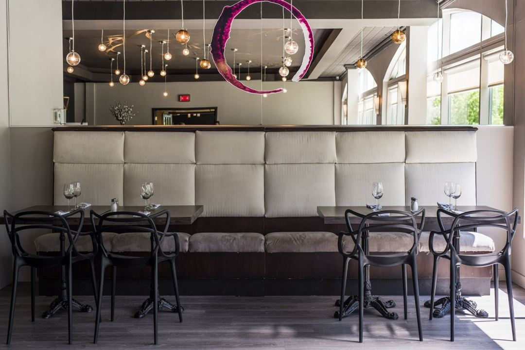 hotel-chateau-joliette-inn-restaurant