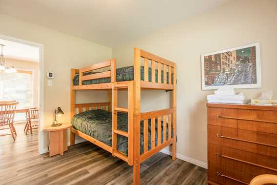 Bedroom with bunk beds at Chalet Imasco