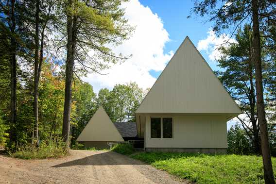Chalet Nid d'aigle outdoor in summer
