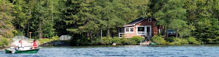 Cabin on a lake Zec Lavigne