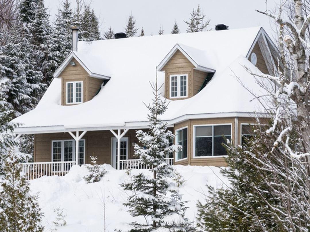 Winter Cabin Pourvoirie du Lac Blanc