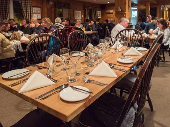Salle à manger Pourvoirie du Lac Blanc