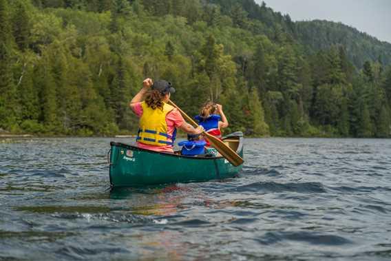 Canoe Parc régional de la Forêt Ouareau