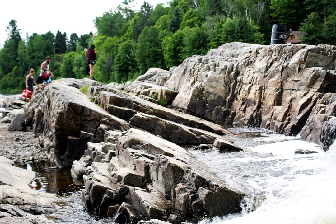 Rocks at parc des cascades in Rawdon