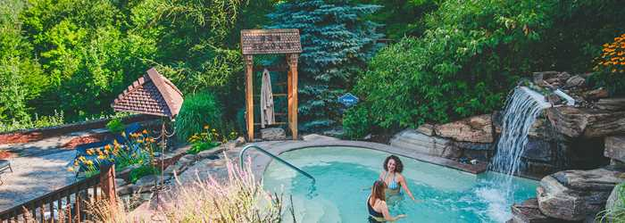 Two women at the Spa Natur'Eau