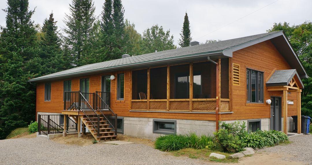 Auberge-du-Lac-Priscault