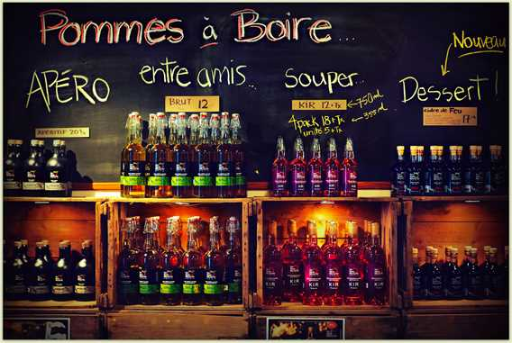 Display of different ciders Qui sème récolte