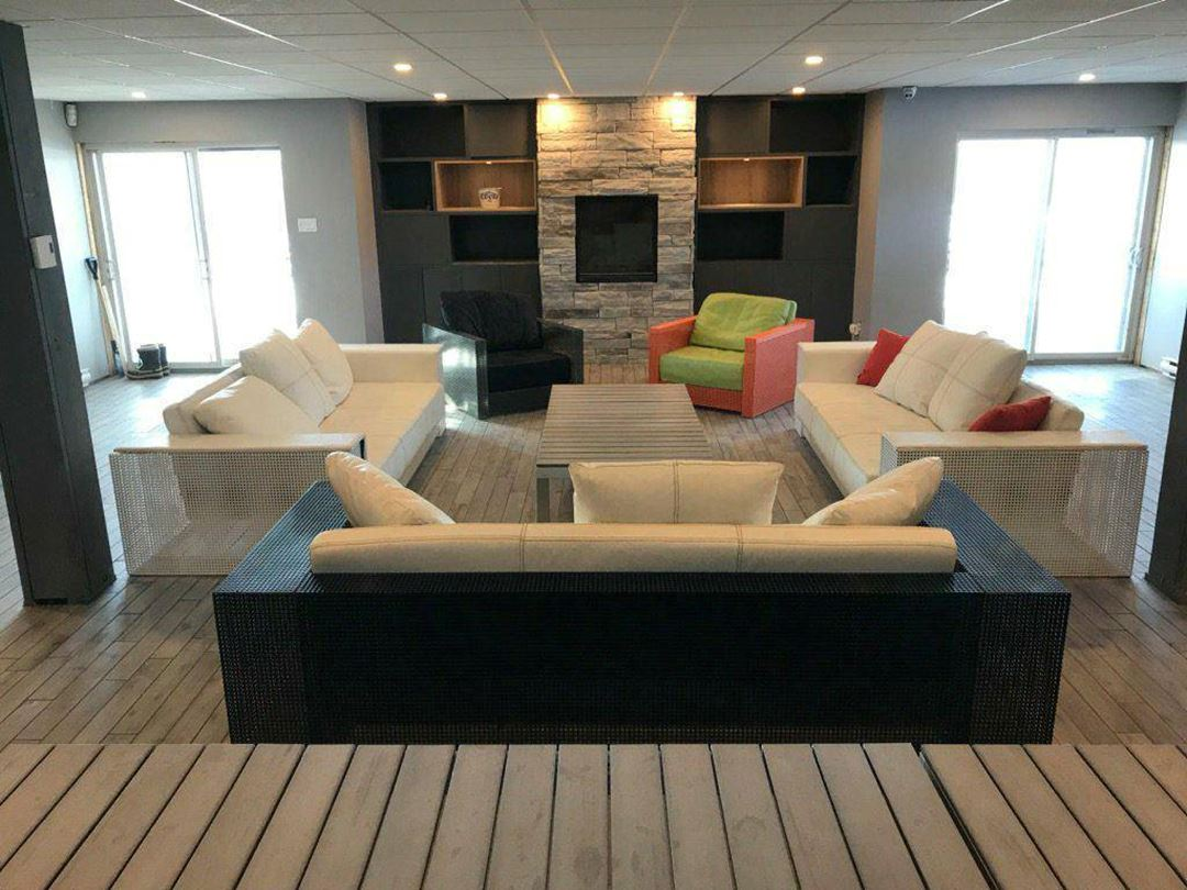 45-Degres-Nord-lounge-room