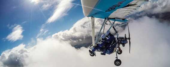 Toucher les nuages en ultra-léger au Centre aéro-récréatif ULM Québec