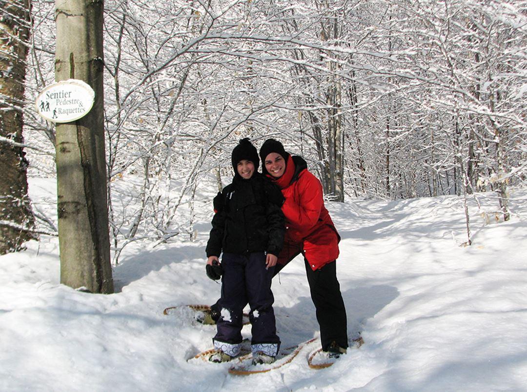 Snowshoeing Chalets Évasion