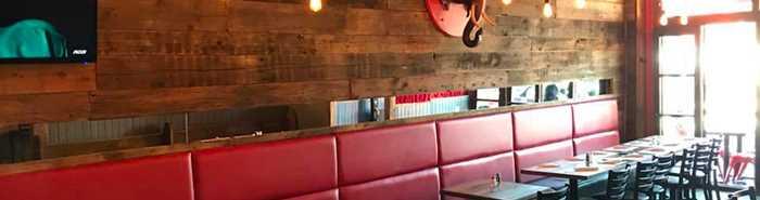 Intérieur du restaurant Le Tusk cuisine et bar