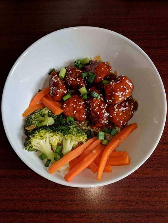 rôtisserie-la-victorienne-poulet général tao