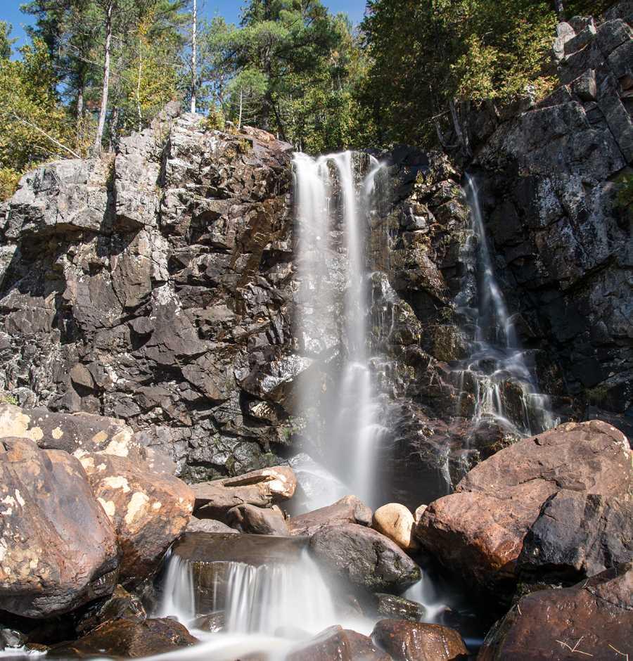 A fall in the Parc régional de la Chute-à-Bull