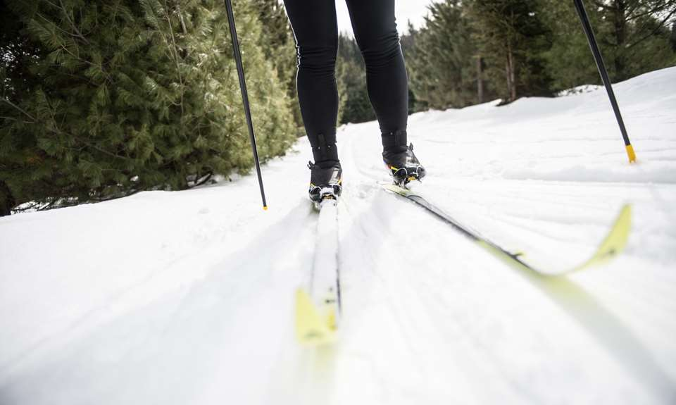 A personne cross-country skiing at Ski Montagne Coupée