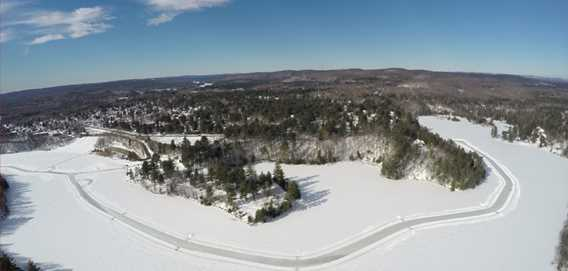 Total view of Lac Rawdon to ice-skate